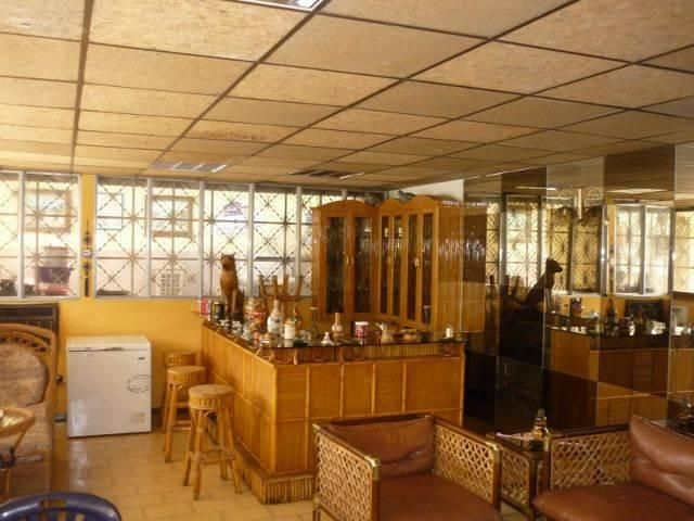 Oficina Lara>Barquisimeto>Bararida - Alquiler:150 US Dollar - codigo: 17-3211