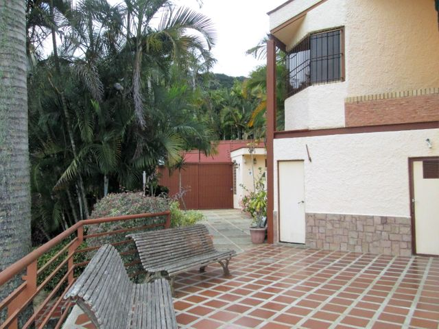 Casa Distrito Metropolitano>Caracas>Oripoto - Venta:350.000 US Dollar - codigo: 17-3397