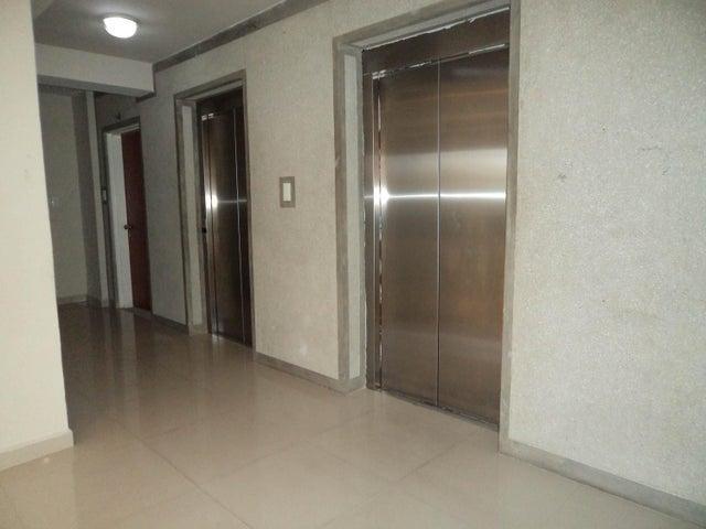 Apartamento Carabobo>Municipio Naguanagua>Mañongo - Venta:50.000 Precio Referencial - codigo: 17-3612