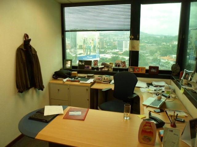 Oficina Distrito Metropolitano>Caracas>El Rosal - Venta:189.196.000.000 Bolivares - codigo: 17-3905