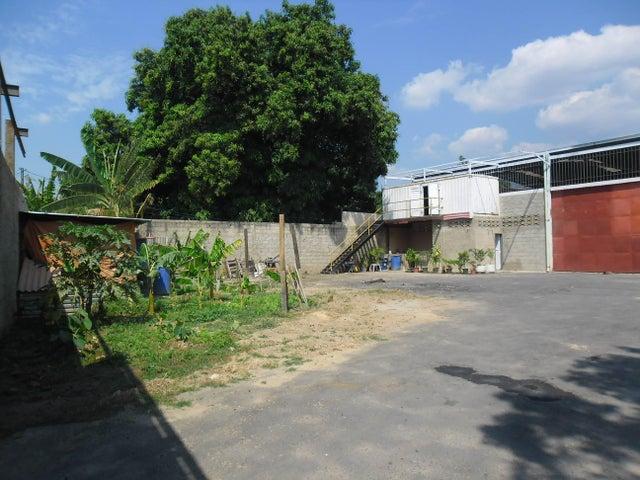 Galpon - Deposito Carabobo>Guacara>Vigirima - Venta:8.700.000.000 Bolivares Fuertes - codigo: 15-11248