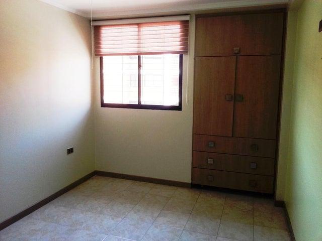 Apartamento Zulia>Maracaibo>Avenida Milagro Norte - Venta:3.200.000.000  - codigo: 17-3960