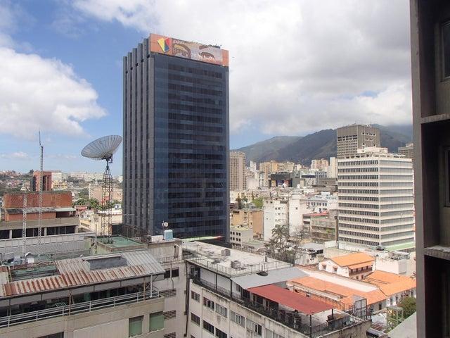 Oficina Distrito Metropolitano>Caracas>Centro - Venta:30.000 Precio Referencial - codigo: 17-6243