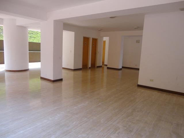 Apartamento Distrito Metropolitano>Caracas>El Peñon - Venta:789.169.000.000 Precio Referencial - codigo: 17-4258