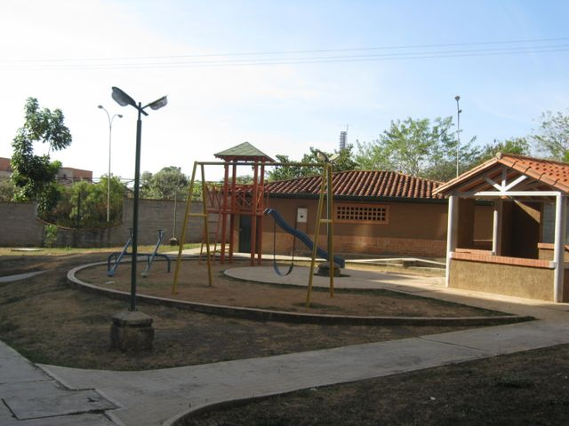 Apartamento Carabobo>Municipio San Diego>Terrazas de San Diego - Venta:7.996.000.000 Precio Referencial - codigo: 17-4327