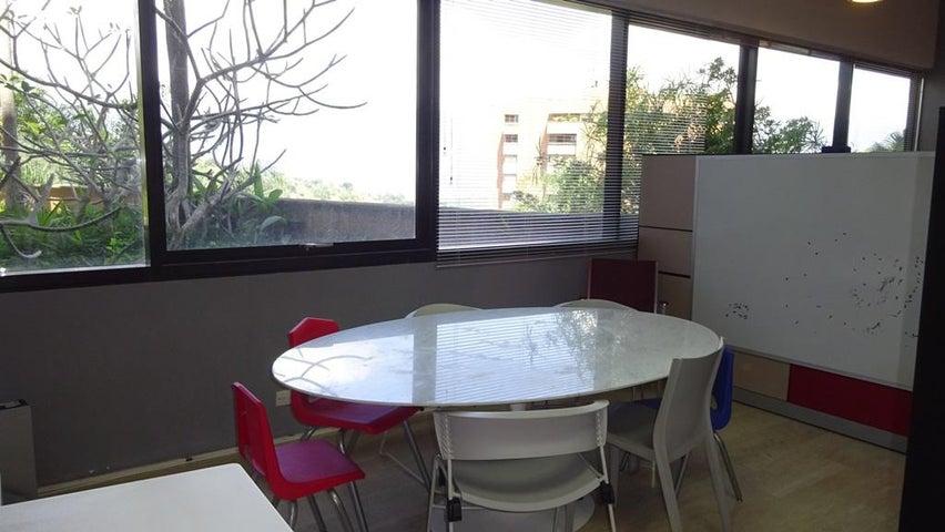 Oficina Distrito Metropolitano>Caracas>Los Naranjos del Cafetal - Venta:34.001.000 Precio Referencial - codigo: 17-4332