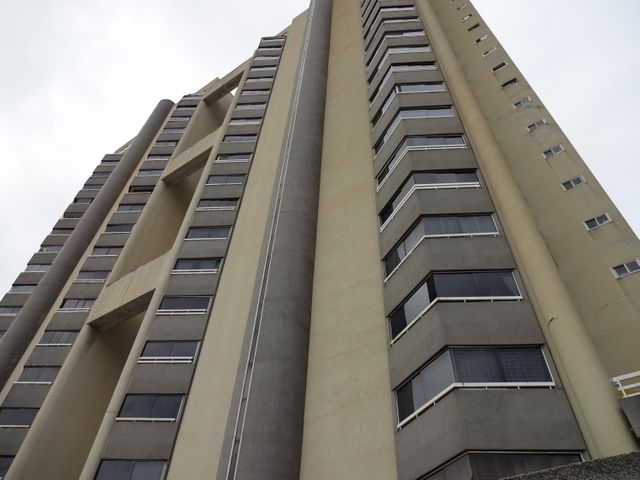 Apartamento Distrito Metropolitano>Caracas>Los Dos Caminos - Venta:150.000 US Dollar - codigo: 16-19695