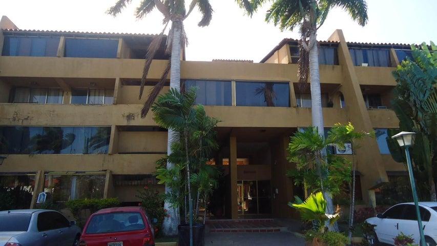 Apartamento Anzoategui>Lecheria>Complejo Turistico EL Morro - Venta:9.238.000.000 Bolivares Fuertes - codigo: 17-4531