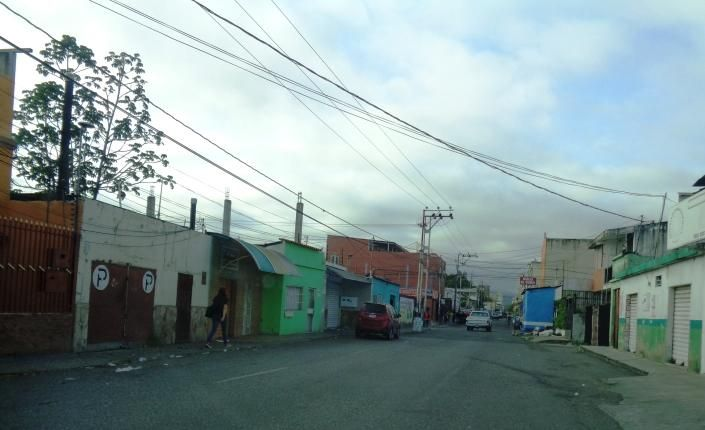 Local Comercial Lara>Barquisimeto>Centro - Venta:65.000 US Dollar - codigo: 17-4771