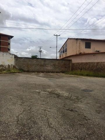Terreno Miranda>Charallave>Mata Linda - Venta:400.000 US Dollar - codigo: 16-4876