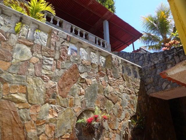 Casa Distrito Metropolitano>Caracas>El Hatillo - Venta:223.326.000.000 Precio Referencial - codigo: 17-5071