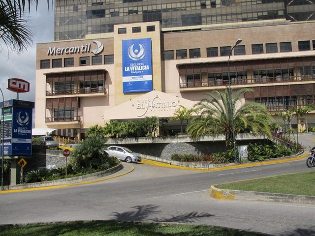 Local Comercial Distrito Metropolitano>Caracas>La Lagunita Country Club - Venta:120.000 Precio Referencial - codigo: 17-5502