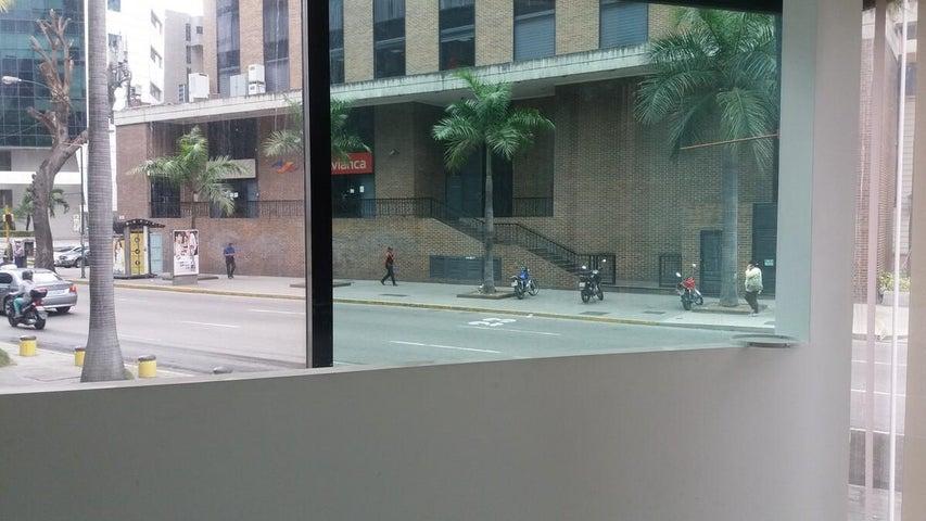 Local Comercial Distrito Metropolitano>Caracas>El Rosal - Alquiler:230.000.000 Bolivares - codigo: 17-5215