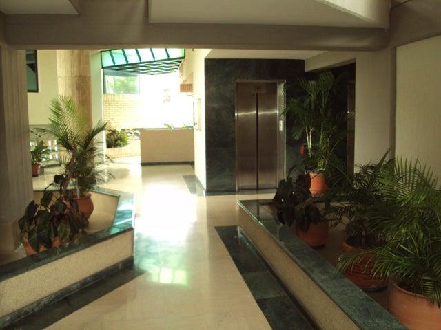 Apartamento Aragua>Maracay>La Soledad - Venta:150.000 US Dollar - codigo: 17-5334
