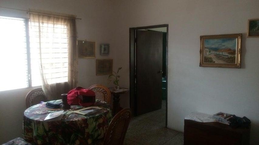 Local Comercial Zulia>Maracaibo>Cecilio Acosta - Venta:25.000 US Dollar - codigo: 17-5821