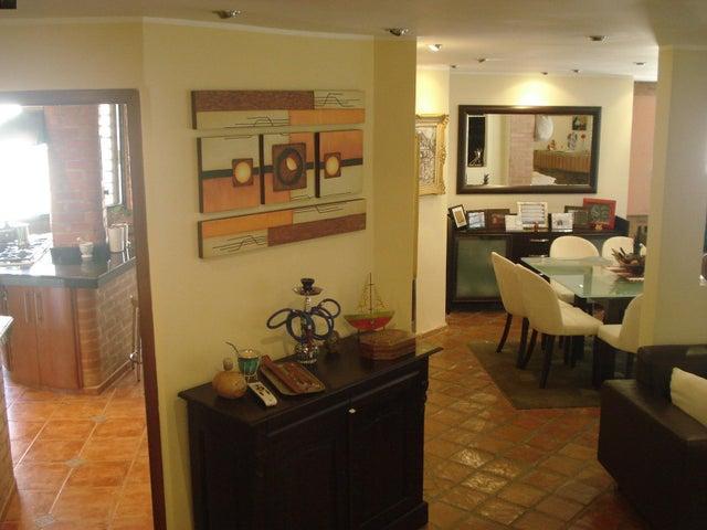Casa Distrito Metropolitano>Caracas>Caicaguana - Venta:24.489.000 Precio Referencial - codigo: 17-5555