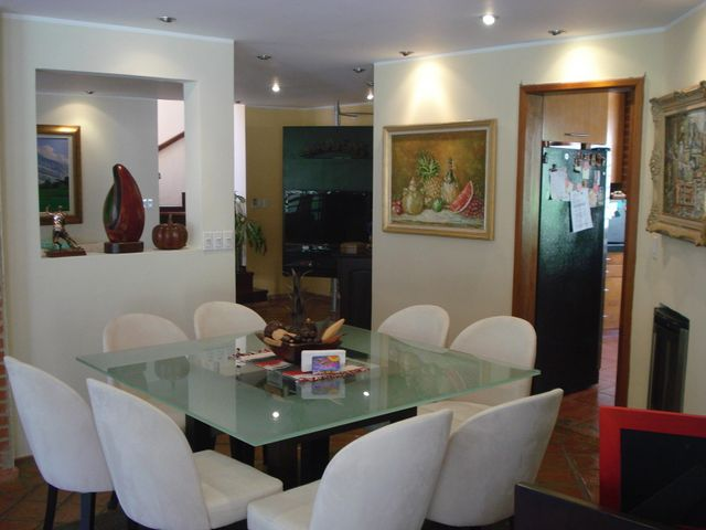 Casa Distrito Metropolitano>Caracas>Caicaguana - Venta:180.000 US Dollar - codigo: 17-5555