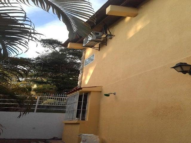 Casa Distrito Metropolitano>Caracas>El Placer - Venta:550.000 Precio Referencial - codigo: 17-5861