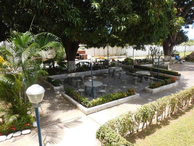 Apartamento Vargas>Parroquia Caraballeda>Los Corales - Venta:76.000 Precio Referencial - codigo: 17-6139