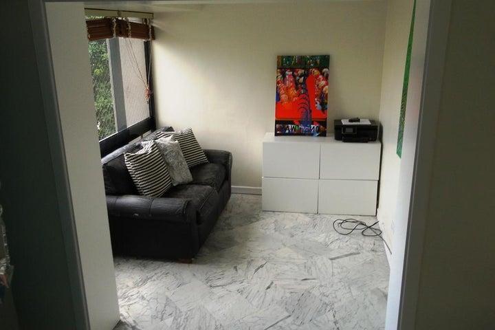 Apartamento Distrito Metropolitano>Caracas>La Castellana - Venta:450.000 US Dollar - codigo: 17-6330