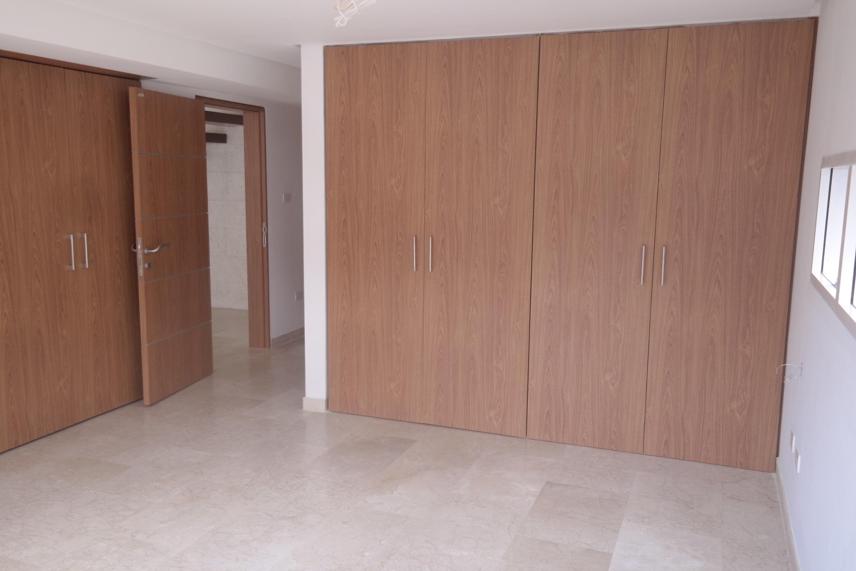 Apartamento Distrito Metropolitano>Caracas>Los Naranjos de Las Mercedes - Venta:410.000 Precio Referencial - codigo: 17-6341
