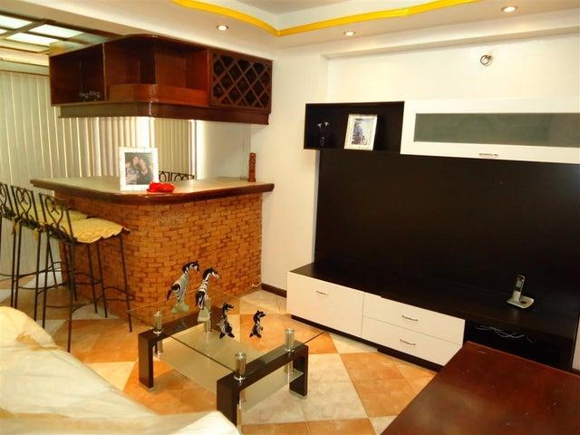 Apartamento Vargas>Catia La Mar>Playa Grande - Venta:4.074.000.000 Bolivares Fuertes - codigo: 17-6485