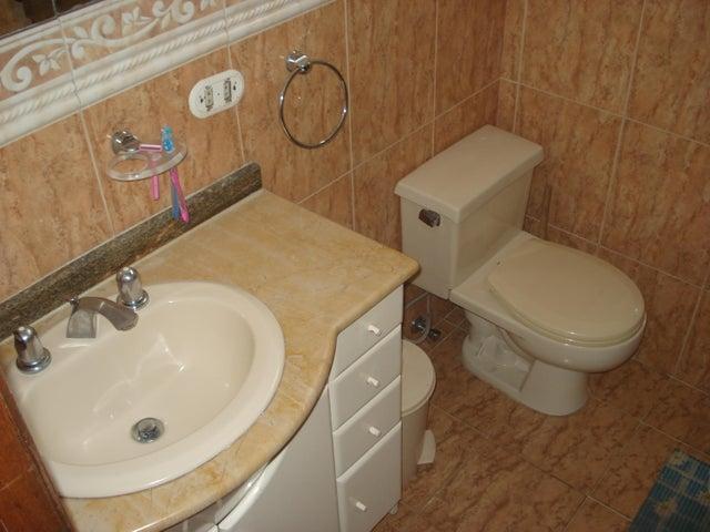 Casa Distrito Metropolitano>Caracas>Colinas de Vista Alegre - Venta:41.840.000 Precio Referencial - codigo: 17-6568