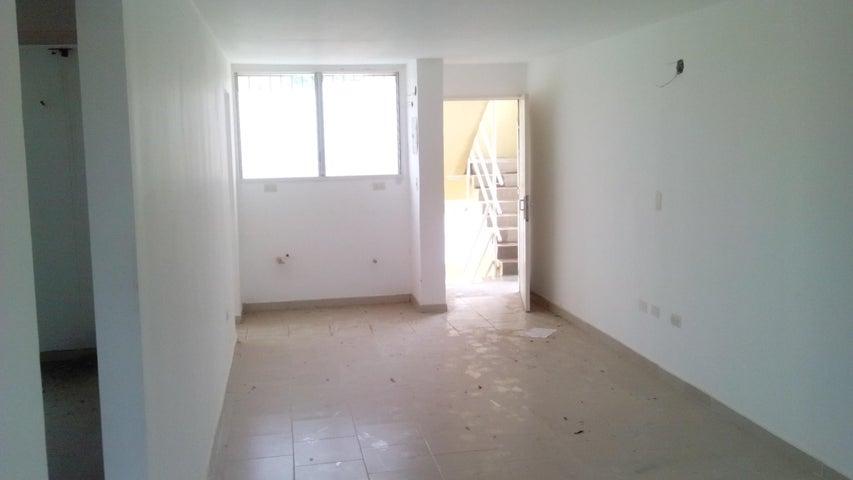 Apartamento Miranda>Charallave>Cima Real - Venta:5.500 US Dollar - codigo: 17-6879