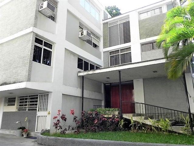 Apartamento Distrito Metropolitano>Caracas>El Rosal - Venta:40.000 US Dollar - codigo: 17-7773