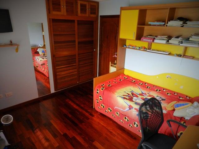 Casa Distrito Metropolitano>Caracas>Prados del Este - Venta:300.000 US Dollar - codigo: 17-7897
