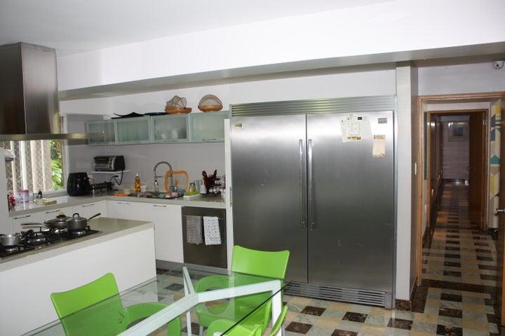 Apartamento Distrito Metropolitano>Caracas>Las Mesetas de Santa Rosa de Lima - Venta:146.631.000.000 Bolivares Fuertes - codigo: 17-7968