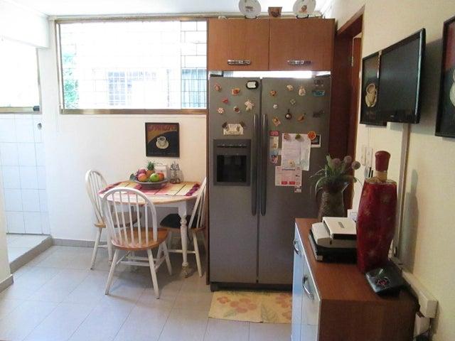 Apartamento Distrito Metropolitano>Caracas>Chuao - Venta:30.454.000.000 Bolivares Fuertes - codigo: 17-8059