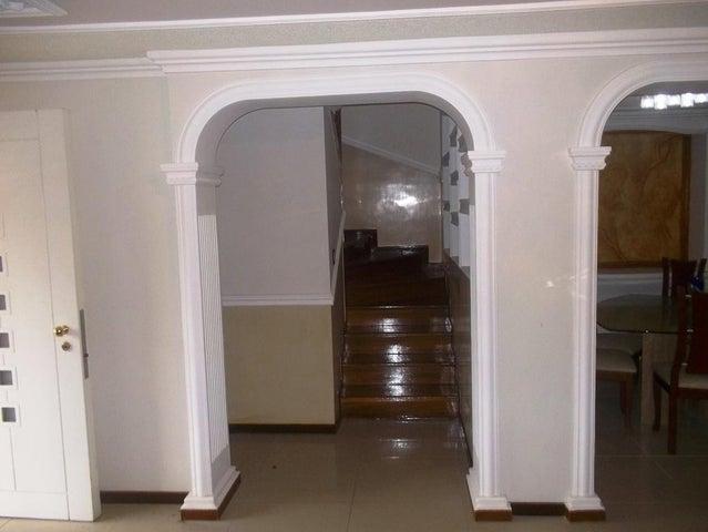 Casa Miranda>Carrizal>Llano Alto - Venta:101.843.000.000 Bolivares - codigo: 17-8068