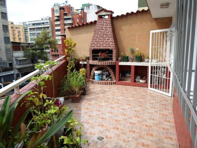 Apartamento Distrito Metropolitano>Caracas>Parroquia San Jose - Venta:27.483.000.000 Precio Referencial - codigo: 17-8111
