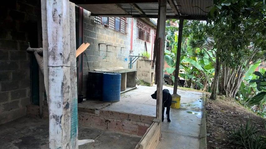 Terreno Distrito Metropolitano>Caracas>Mariche - Venta:18.322.000.000 Precio Referencial - codigo: 17-8142