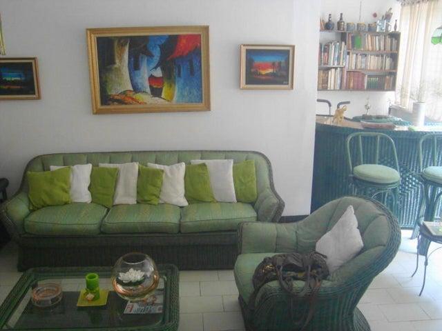 Apartamento Distrito Metropolitano>Caracas>Colinas de La California - Venta:47.661.000.000 Precio Referencial - codigo: 17-8134