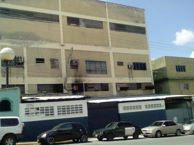 Edificio Distrito Metropolitano>Caracas>Boleita Norte - Venta:450.680.000.000 Precio Referencial - codigo: 17-8165