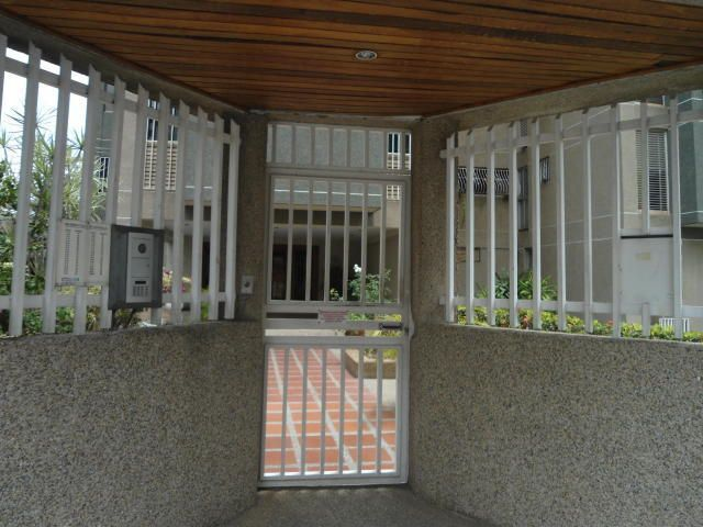 Apartamento Distrito Metropolitano>Caracas>Santa Paula - Venta:45.804.000.000 Precio Referencial - codigo: 17-8177