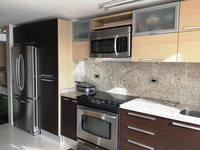 Apartamento Distrito Metropolitano>Caracas>Villa Nueva Hatillo - Venta:350.000 US Dollar - codigo: 17-8300