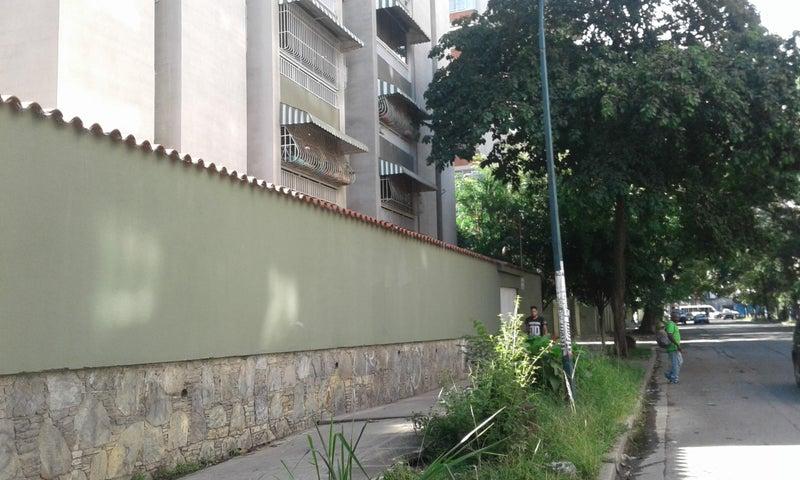 Apartamento Distrito Metropolitano>Caracas>Montalban II - Venta:60.000 Precio Referencial - codigo: 17-8501