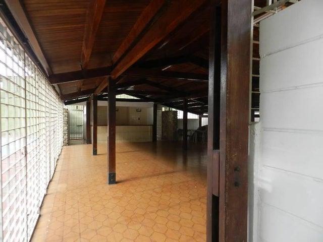Apartamento Distrito Metropolitano>Caracas>El Paraiso - Venta:148.849.000.000 Precio Referencial - codigo: 17-8505