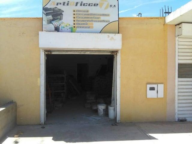Local Comercial Falcon>Punto Fijo>Santa Irene - Venta:7.000 US Dollar - codigo: 17-8508