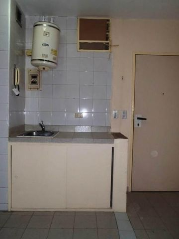 Apartamento Distrito Metropolitano>Caracas>Los Caobos - Venta:20.000 US Dollar - codigo: 17-8522