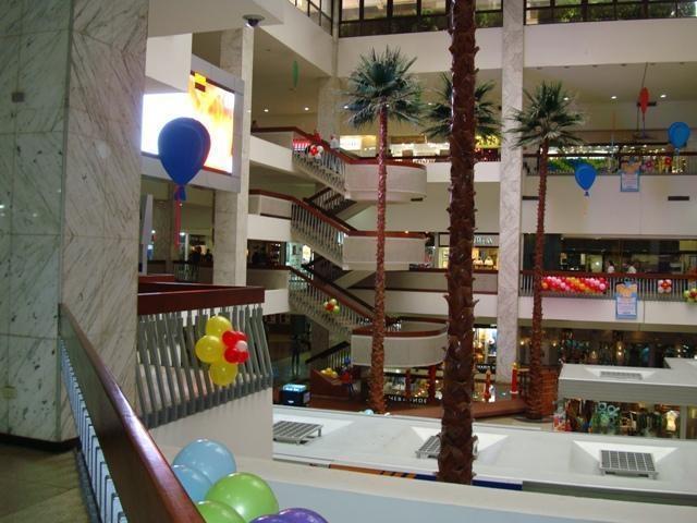 Oficina Distrito Metropolitano>Caracas>Chuao - Venta:380.000 Precio Referencial - codigo: 17-8913