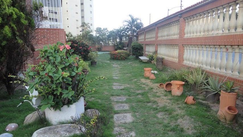 Apartamento Vargas>Catia La Mar>Playa Grande - Venta:20.562.000.000 Precio Referencial - codigo: 17-8953