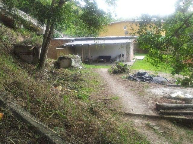 Terreno Distrito Metropolitano>Caracas>La Union - Venta:3.808.000.000 Bolivares - codigo: 17-9020