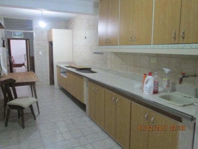 Casa Distrito Metropolitano>Caracas>Los Chorros - Venta:550.000 Precio Referencial - codigo: 17-2618