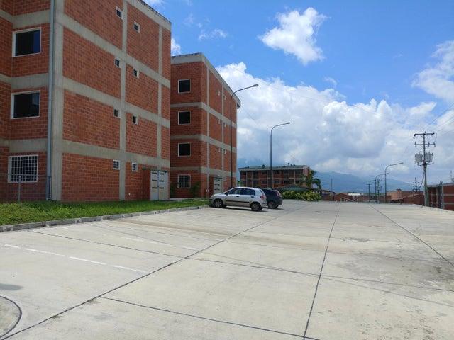 Apartamento Miranda>Guatire>El Ingenio - Venta:521.000 Precio Referencial - codigo: 17-15426