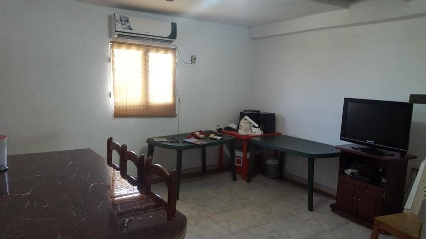Casa Zulia>Ciudad Ojeda>Las Morochas - Venta:93.030.000.000 Precio Referencial - codigo: 17-9612