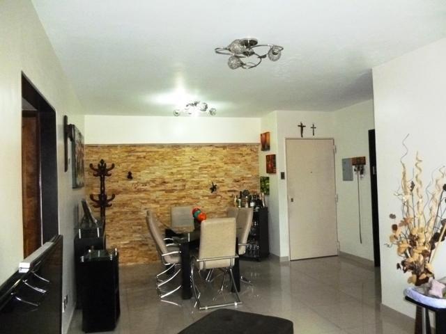 Apartamento Distrito Metropolitano>Caracas>Guaicay - Venta:80.000 US Dollar - codigo: 17-9675